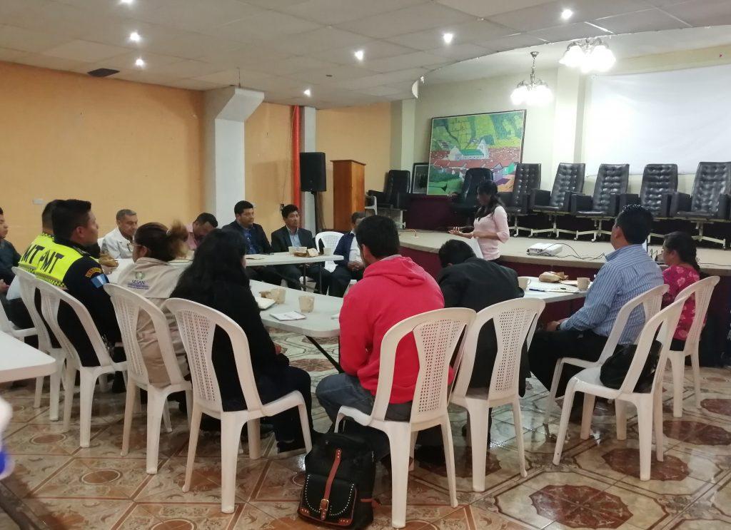 Socialización del proyecto con autoridades municipales, instancias gubernamentales y líderes religiosos del municipio de Almolonga, Quetzaltenango.